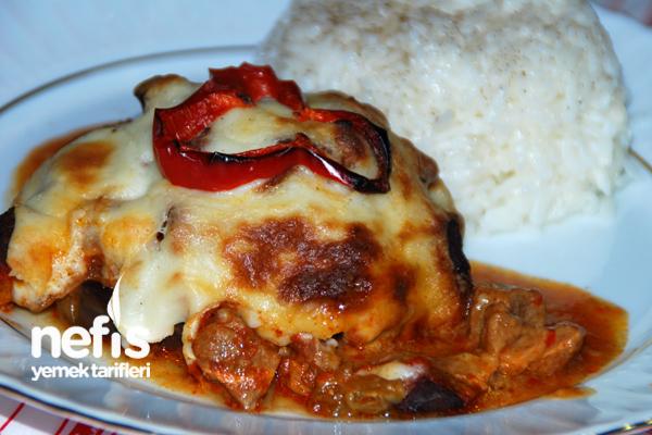 Beşamel Soslu Patlıcan Kebabı Tarifi