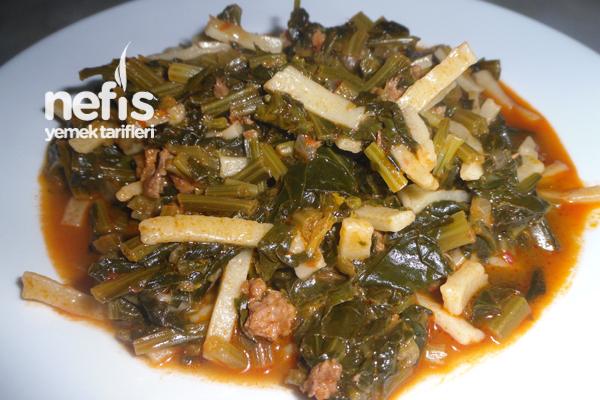 Erişteli Ispanak Yemeği Tarifi