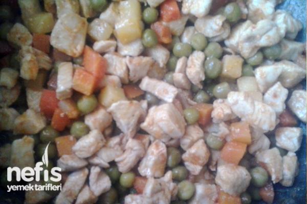 Garnitürlü Tavuk Yemeği Tarifi 1