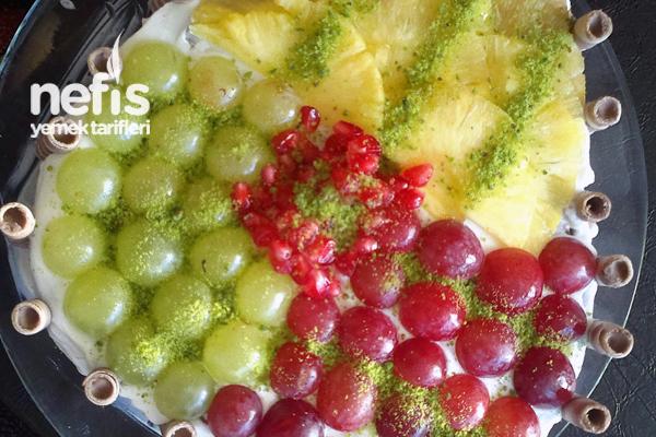 Meyveli Yaş Pasta Yapılışı