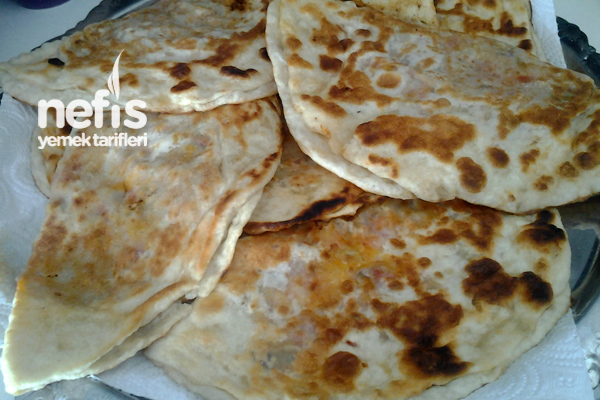 Patlıcanlı Domatesli Sac Böreği Tarifi