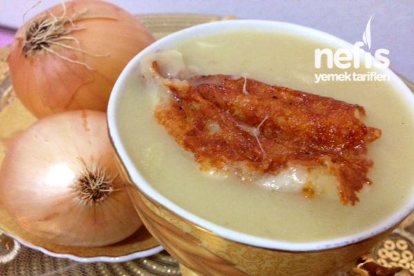 Soğan Çorbası Tarifi (Fransız Usulü)