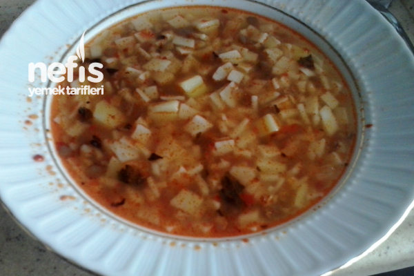 Anık Otlu Erişte Çorbası Tarifi