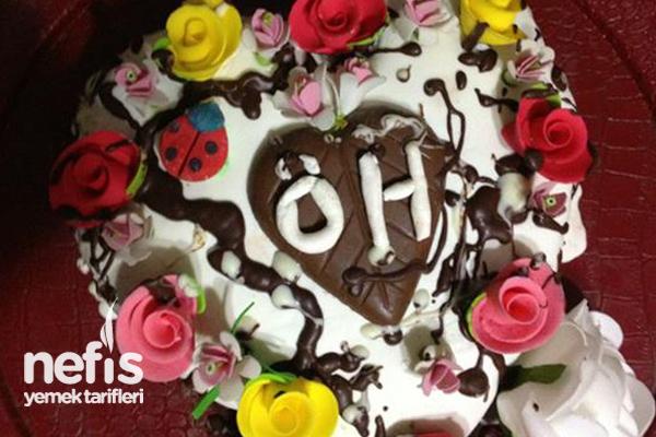 Aşk Pastasının Yapımı Tarifi