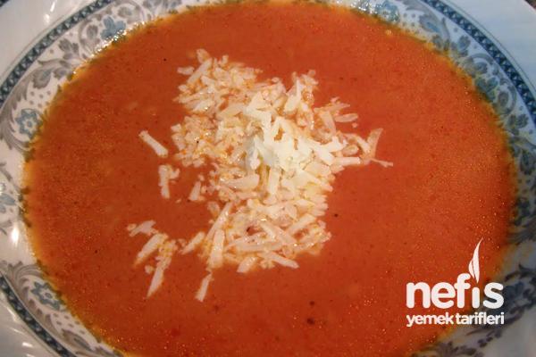 Domates Çorbası Nasıl Yapılır?