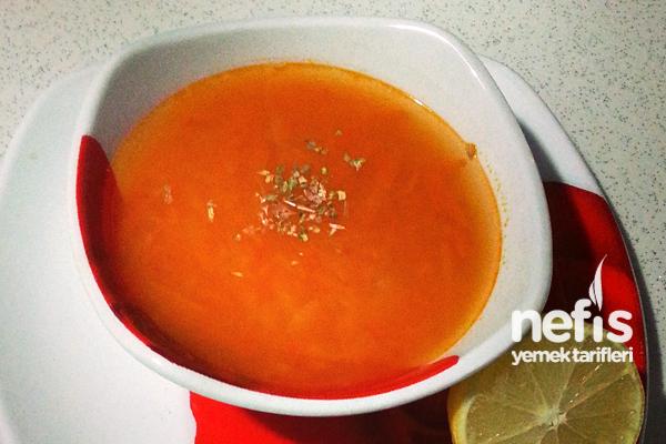 Düdüklü Tencerede Sebzeli Kırmızı Mercimek Çorbası Tarifi