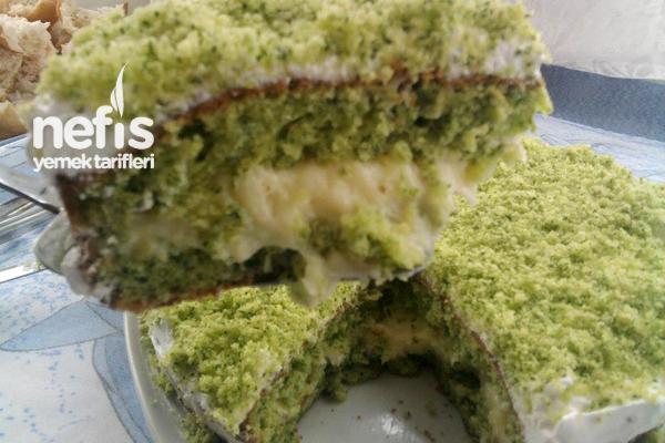 Ispanaklı Pastanın Yapımı Tarifi