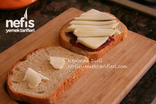Pastırmalı Tost 1