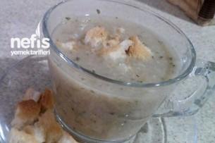 Tavuk Suyuna Ruşeym (Un) Çorbası 1