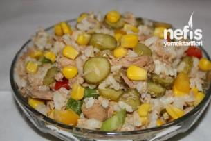 Ton Balıklı Pirinçli Salata Tarifi