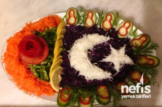 Ay Yıldız Salatası Tarifi