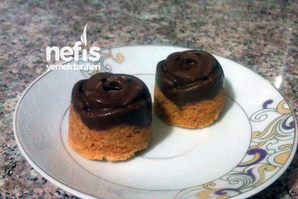 Çikolatalı Gül Kurabiye Tarifi