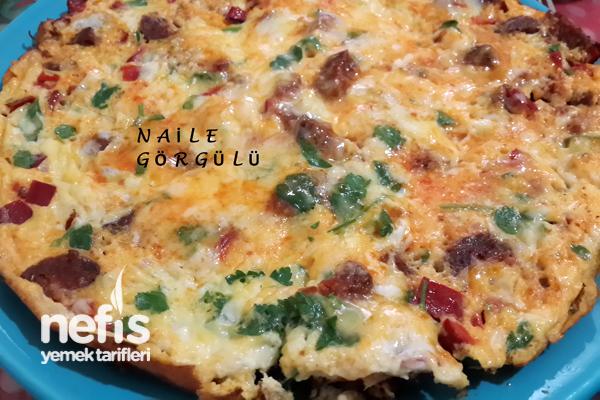 Kırmızı Biberli Omlet Tarifi