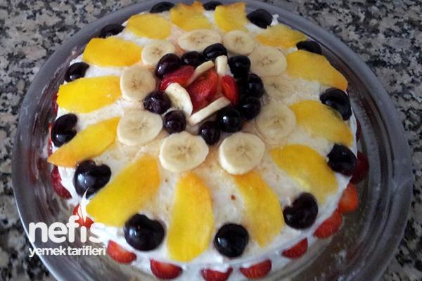 Meyveli Pasta (Pastane Usulü) Tarifi