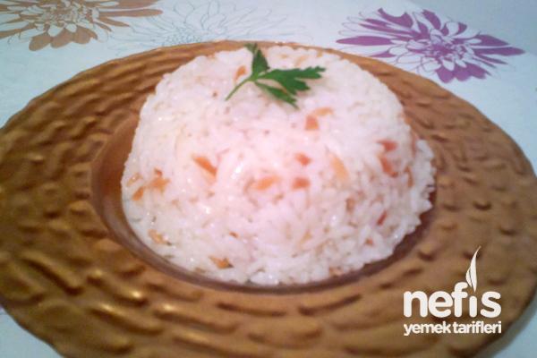 Tavuk Suyu ile Pirinç Pilavı Tarifi