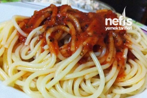 Acı Soslu Spagetti Tarifi