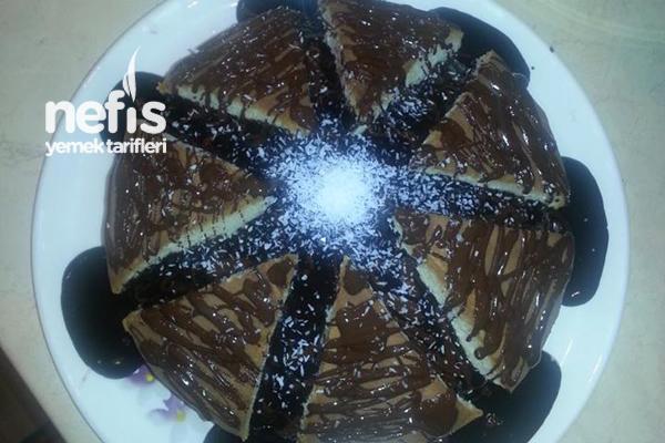 Pratik Çikolata Soslu Pasta 2