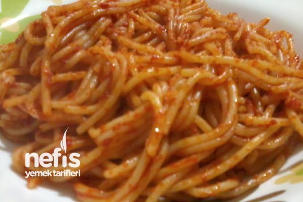 Tereyağlı Salçalı Spagetti Tarifi