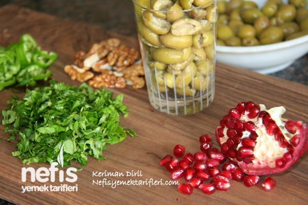 Zeytin Salatası (Nar ve Cevizli) 1