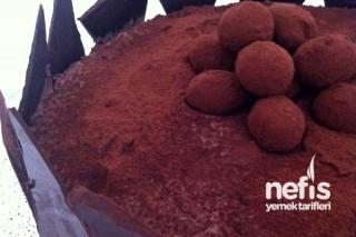 Çikolatalı Pasta Yapılışı Tarifi
