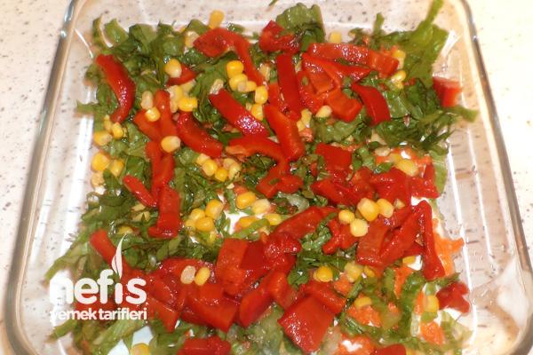 Etimek Salatası Yapımı Tarifi