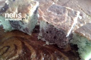 Ispanaklı Kakaolu Ebruli Kek Tarifi
