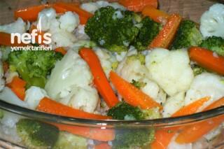 Karnabahar Brokoli ve Havuç Salatası Tarifi
