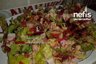 Pancarlı Yeşil Salata Tarifi