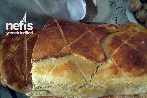 Peynirli Pırasalı Ekmek Tarifi