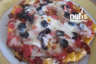 Tavada Yufkalı Pizza Yapımı Tarifi
