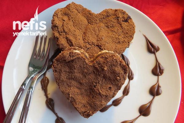 Unsuz Pasta – Çikolatalı Kalpler Tarifi