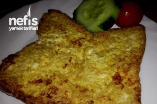 Yumurtalı Tost (Bebek yemeği 8+) Tarifi