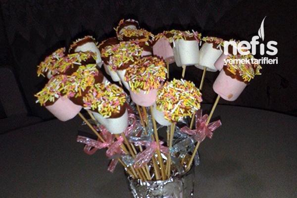 Çikolatalı Marshmallowlu Çubuklar Tarifi