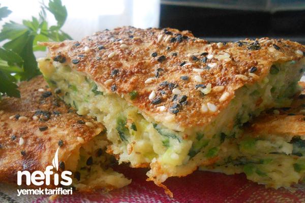 Fırında Kolay Sebzeli Mücver Böreği Tarifi