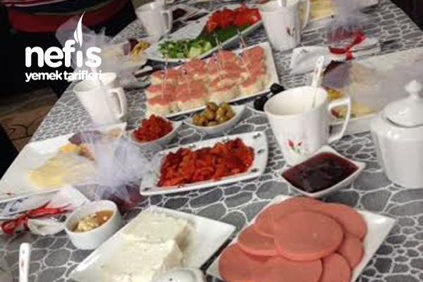 Kahvaltı Günü Tarifi