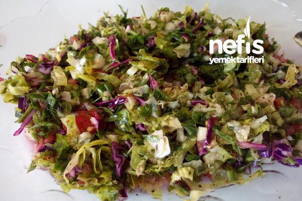 Karışık Mevsim Salata Tarifi