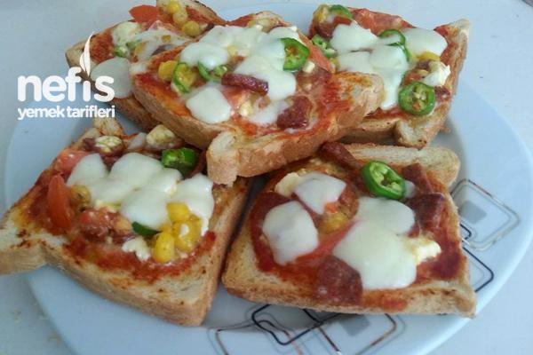 Tost Ekmeğiyle Kolay Pizza Tarifi