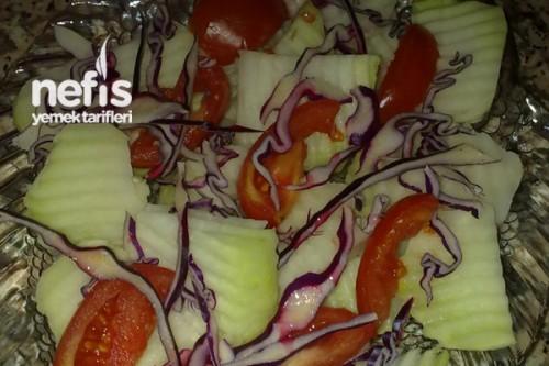 Kırmızı biber alabaş ve paçino salatası makarna salatası tarifi