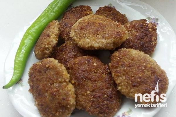 Bulgurlu Köfte (Simit Kebabı) Tarifi