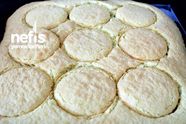 Çilekli Muzlu Minik Pastacıklar 3