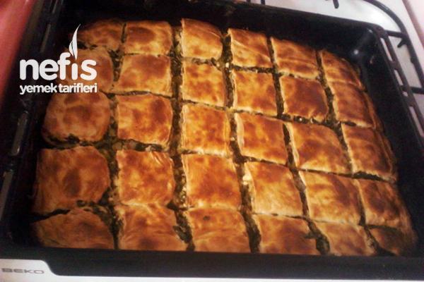 Ispanaklı ve Peynirli Börek Tarifi