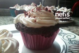 Kırmızı Kadife Kek (Red Velvet Cupcake) Tarifi
