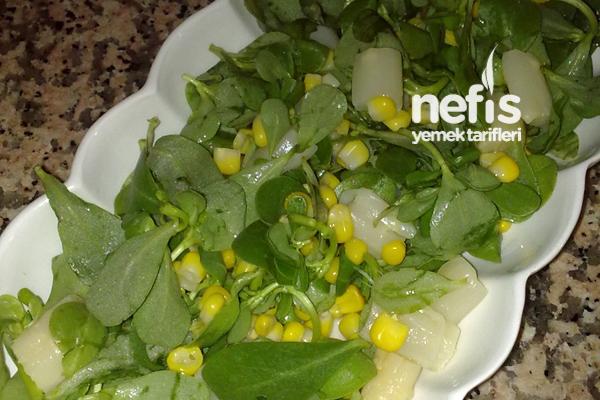 Kuşkonmazlı Semizotu Salatası Tarifi