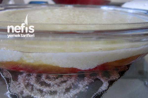 Meyveli Sütlü İrmik Tatlısı 2