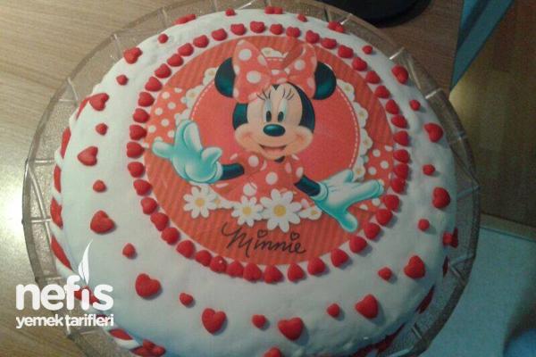 Mini Mouselu Doğum Günü Pastası Tarifi