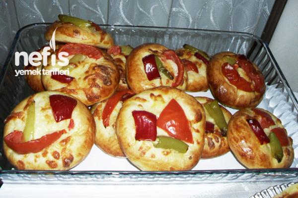 Pizza Poğaçanın Yapılışı Tarifi