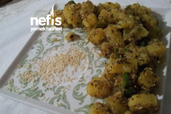 Susamlı Patates Salatası Tarifi