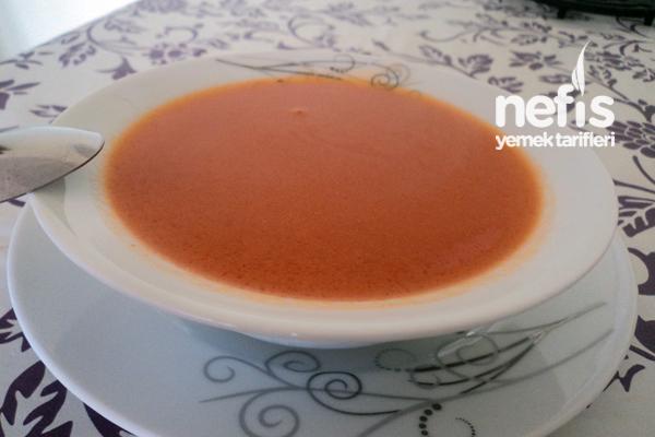 Tavuk Suyuna İrmikli Bulgurlu Çorba (Bebekler İçin) Tarifi