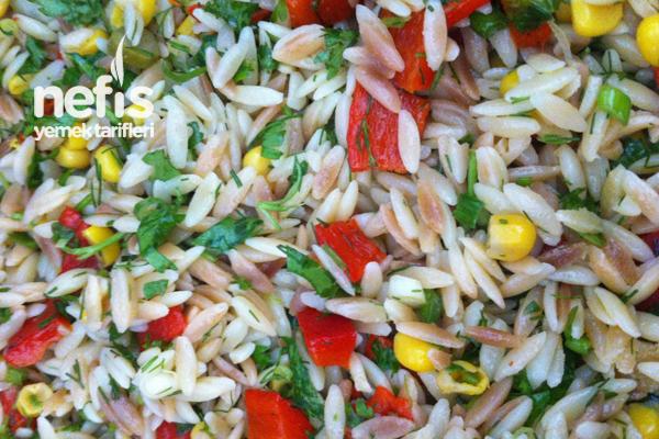 Arpa Şehriye Salatası 1