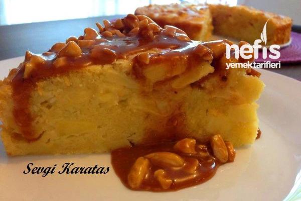 Bademli Karamel Soslu Elmalı Kek